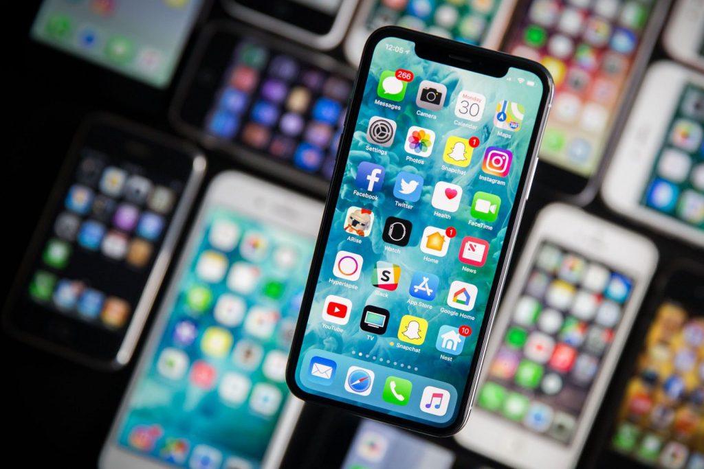 Apple cắt giảm sản lượng iPhone X trong ba tháng đầu năm xuống còn một nửa vì bán chậm