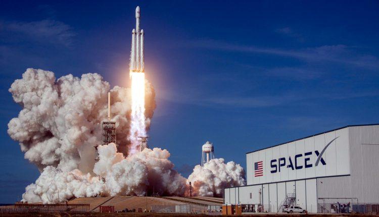Tập đoàn Công nghệ Khai phá Không gian SpaceX